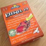 【シリアル:イーストフリー】Food For Life Ezekiel 4:9 Sprouted Whole Grain Cereal Original