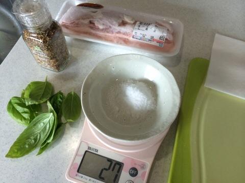 豚バラで簡単手作りベーコン